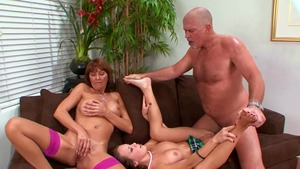 Real fucking together with Haley Sweet and Desi Foxx