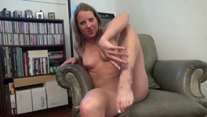 Horny housewife Alyssa Dutch agrees to fucking hard HD
