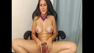 Colombian girl enjoys greatly nailing in HD