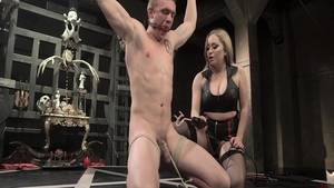 Fetish sex in company with Aiden Starr