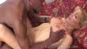 Shaved Nicole Moore deepthroat sex video