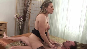George Uhl pounds super hot stepmom Evelina Marvellu