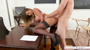 Large boobs Brooklyn Chase gets a good fucking XXX video