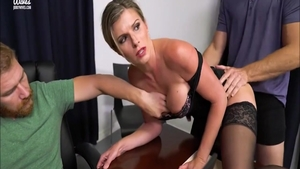 Hot blonde babe has a thing for hard ramming
