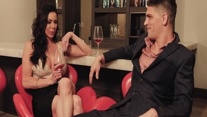Good fuck escorted by glamour swinger Kendra Lust