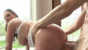 Oil hard slamming together with curvy mature Gianna Michaels