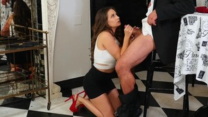 Hawt and natural Cassidy Klein throat fucking